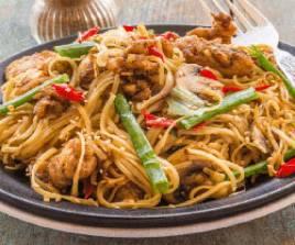 232 Egg Chicken Noodles